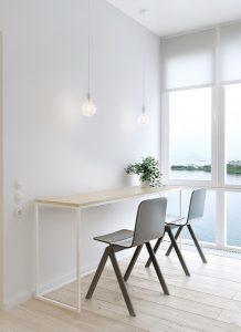 białe wnętrza domu