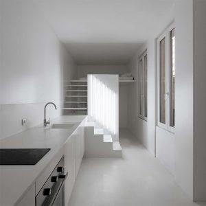 biały salon z kuchnia