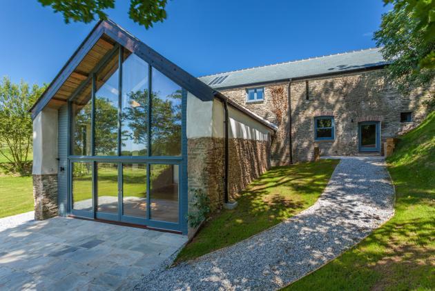 dom ze stodoły