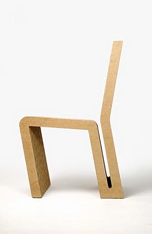 krzesło z tektury