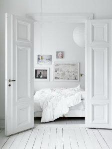 nowoczesny biały salon