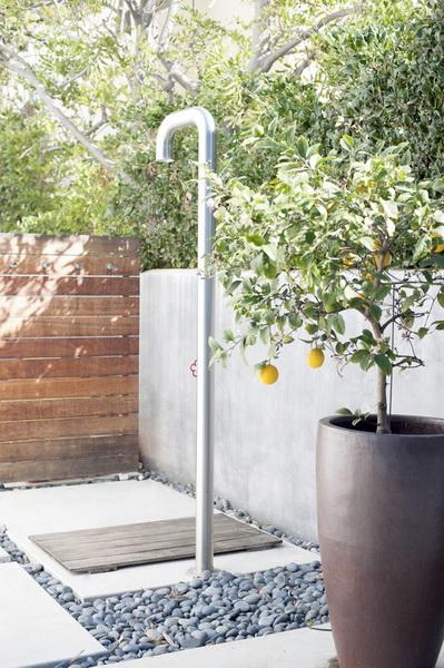 ogrodowe prysznice