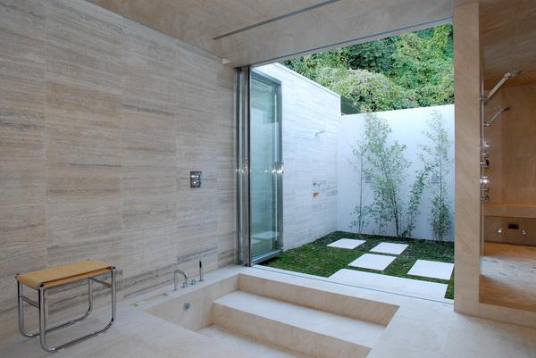 prysznic ogrodowy ze zbiornikiem