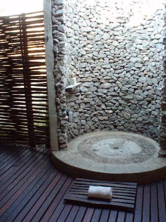 prysznic solarny ogrodowy